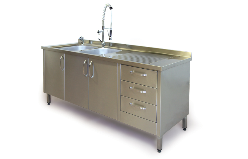 Product Admission and Pre-Washing Counter